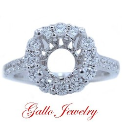 ENG00656. Prong Setting Halo Diamond Engagement Ring