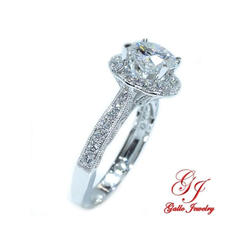 Eng01401 Antique Style Diamond Halo Engagement Ring Center Stone