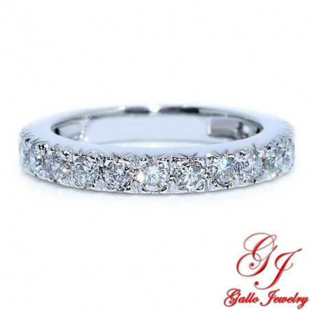 Wb01350 Prong Set Diamond Wedding Band