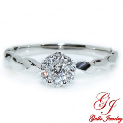 117816. Ladies Cluster Solitaire Twist Shank Ring