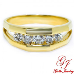 MWB01896. 14K Yellow Gold Ring With Diamonds