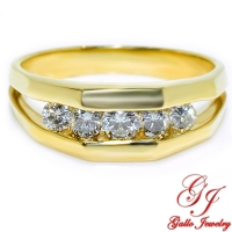MWB01896. 14K Yellow Gold Men's Diamond Ring