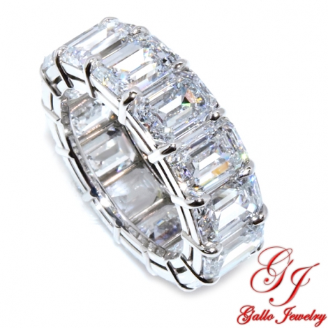 WB02877.  Platinum Emerald Cut Diamond Wedding Band - Size 6.5