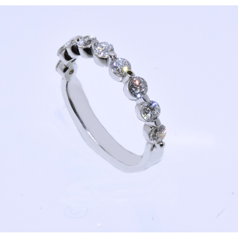 WB03134.W 0.75ct Round Cut Diamond Wedding Band
